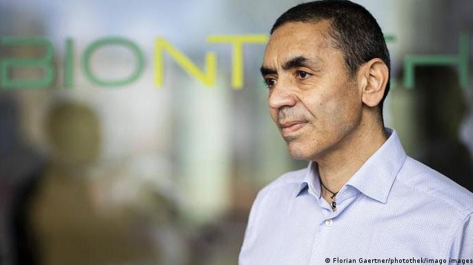 Ugur-Sahin-ceo-biontech-top-empresarios-de-la-salud-millonarios