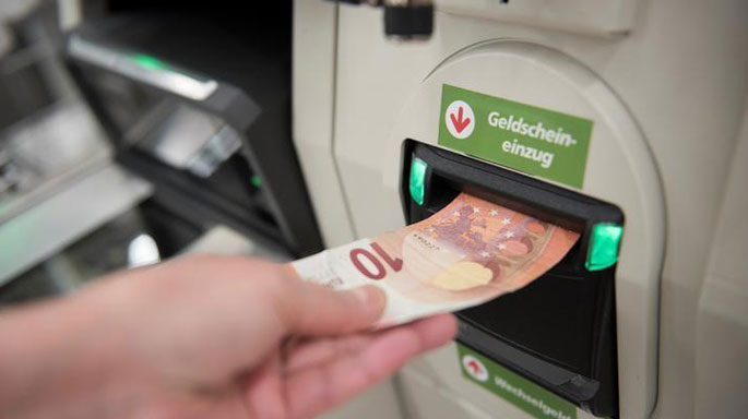 cajero-alemania-billetes-dinero