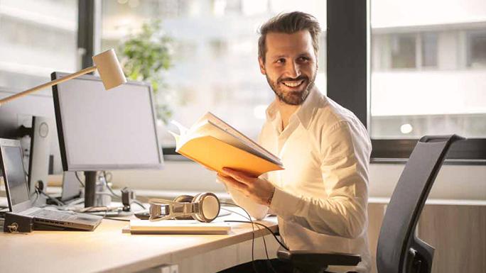 experiencia1 trabajo feliz leer papeles
