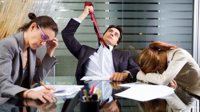 reuniones-trabajo-inútiles