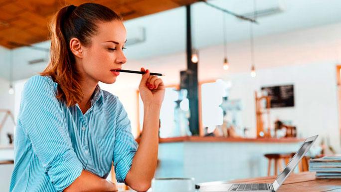 trabajar-estudiar-oficina trabajo pensar piensa